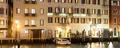 Hotel-Carlton1